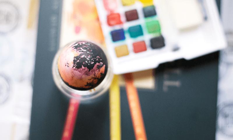 landscape-painting-on-easter-egg_designrulz (1)