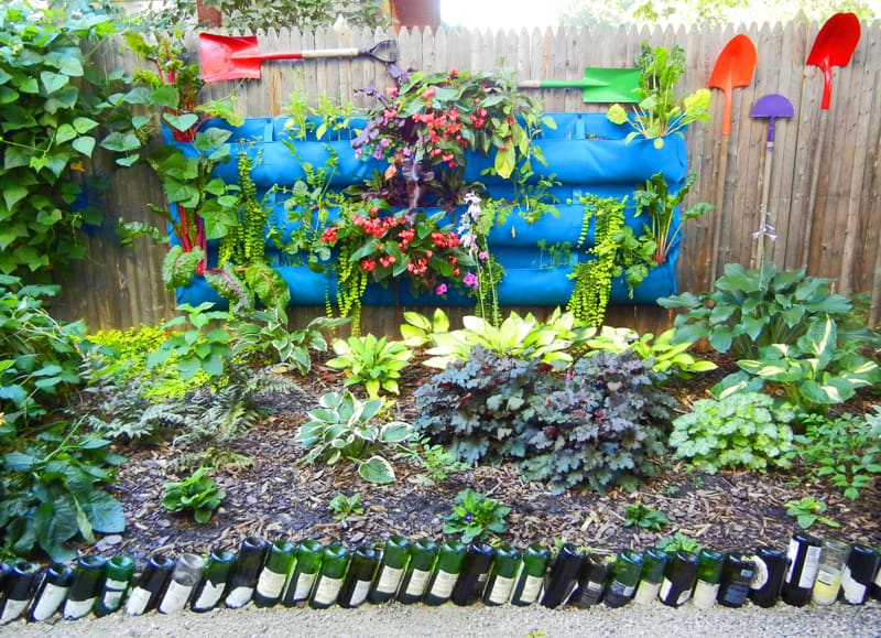wine bottle garden-designrulz (11)