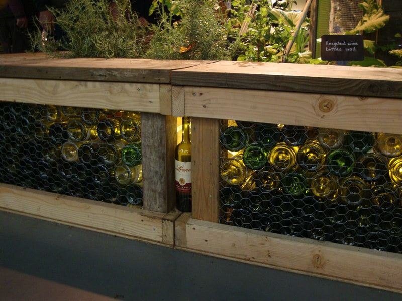 wine bottle garden-designrulz (13)