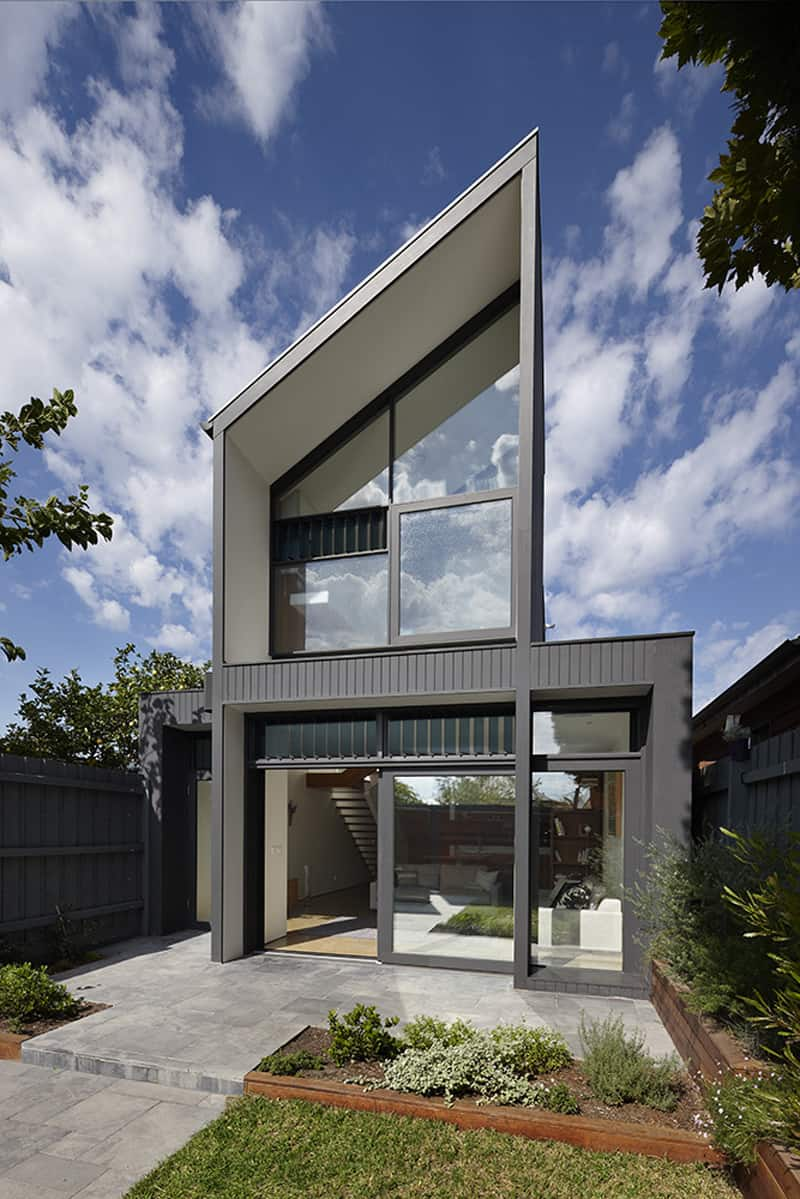 Semi Detached Dwelling On A Narrow Site North Fitzroy