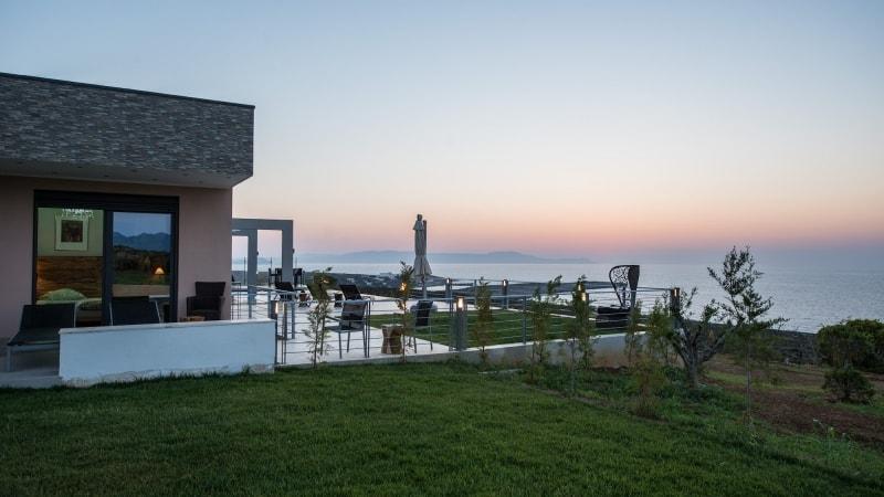 5-luxury 5 bedroom villa in western crete (10)