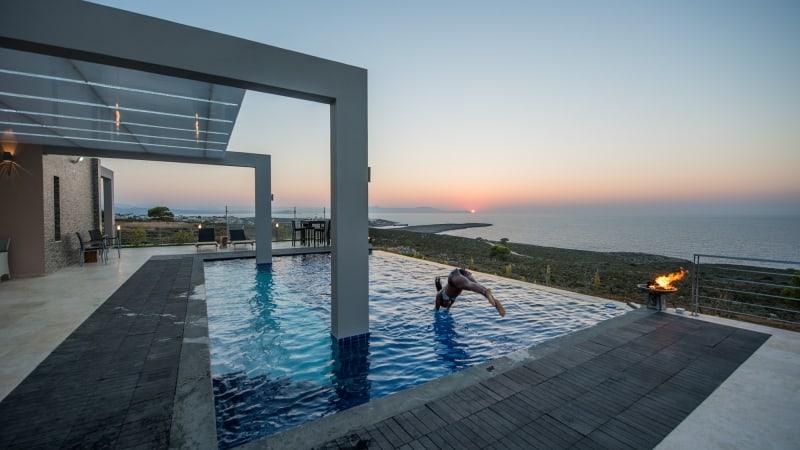 5-luxury 5 bedroom villa in western crete (13)