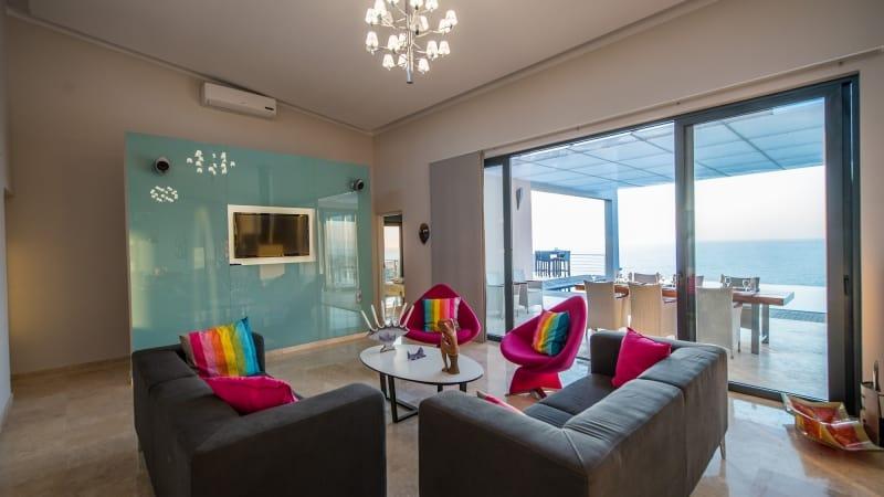 5-luxury 5 bedroom villa in western crete (16)