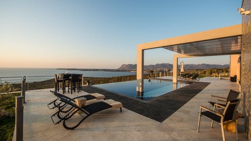 5-luxury 5 bedroom villa in western crete (21)