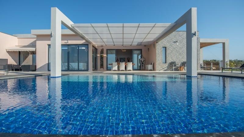 5-luxury 5 bedroom villa in western crete (27)