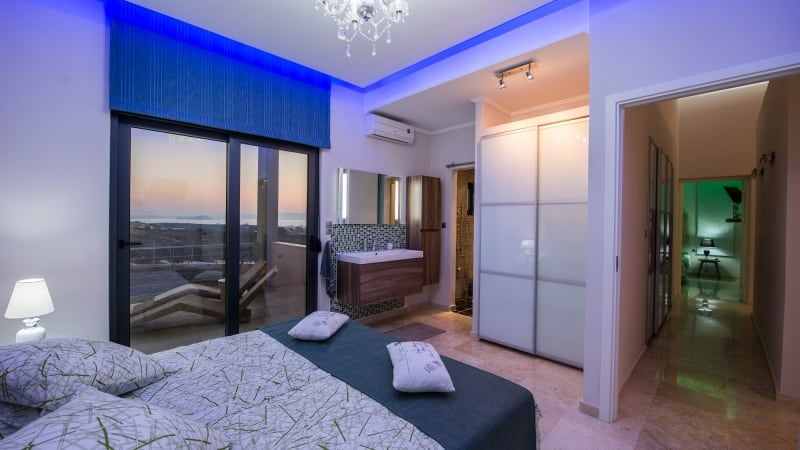 5-luxury 5 bedroom villa in western crete (6)