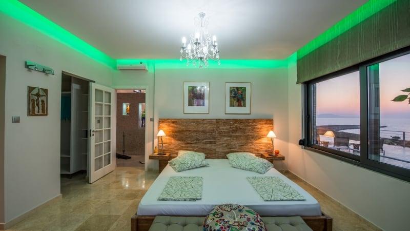 5-luxury 5 bedroom villa in western crete (9)