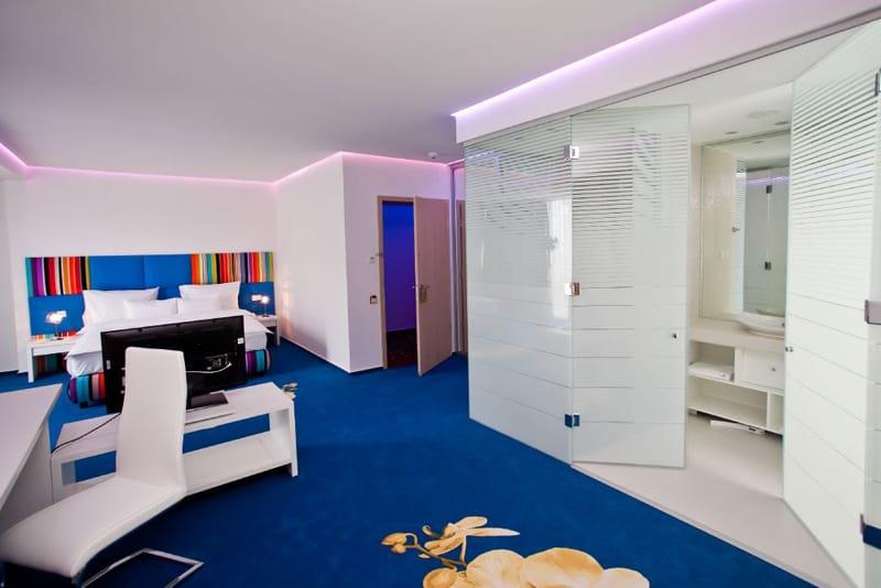 MARSHAL GARDEN HOTEL-designrulz (18)