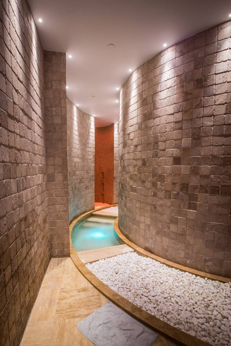 Pomegranate Wellness Spa Hotel_designrulz (17)