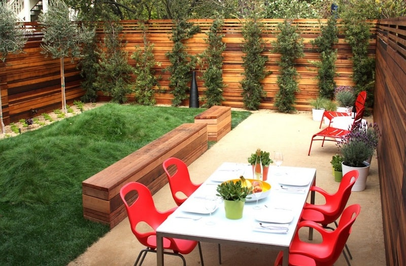 20 Cheap Landscaping Ideas For Backyard on Small Yard Landscaping Ideas id=34877