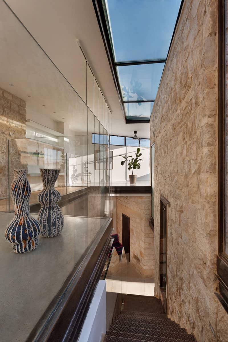 Stone-House-Conversion-designrulz (14)