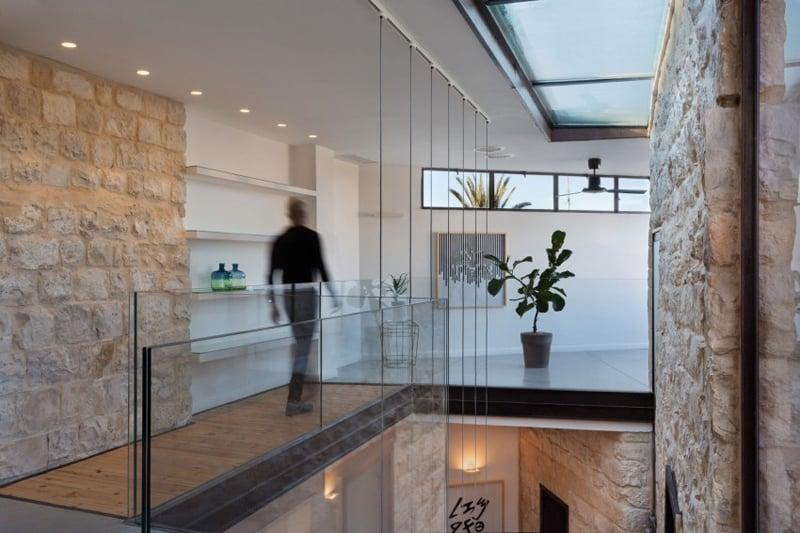 Stone-House-Conversion-designrulz (7)