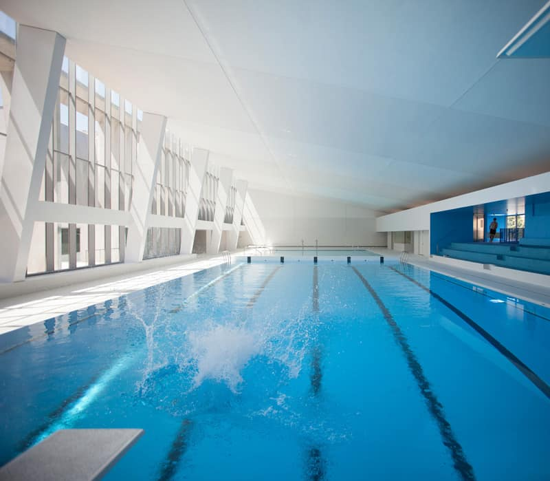 Swimming pool extension in bagneux paris for Pool design studio paris