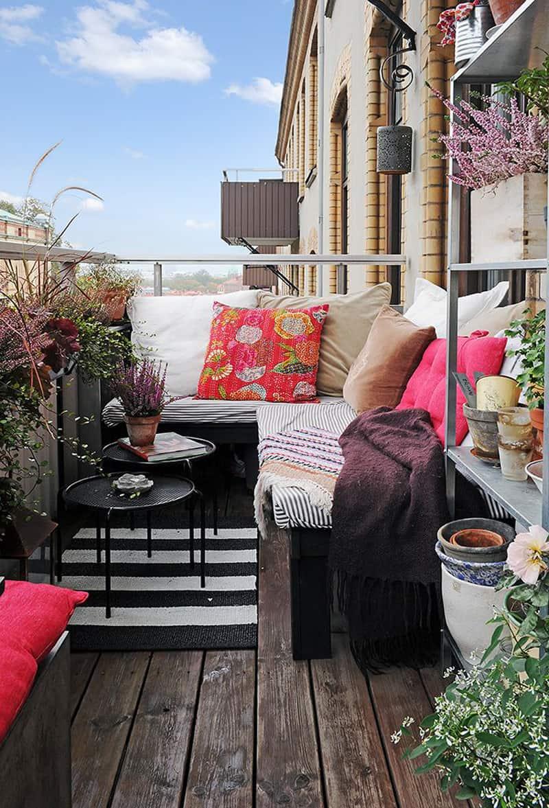 Outdoor balcony ideas - door decorate.