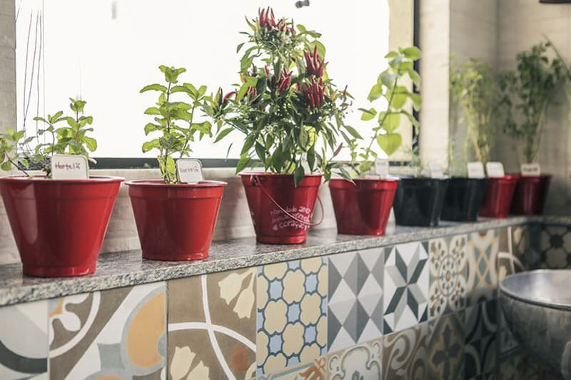 kitchen garden balcony designrulz (22)