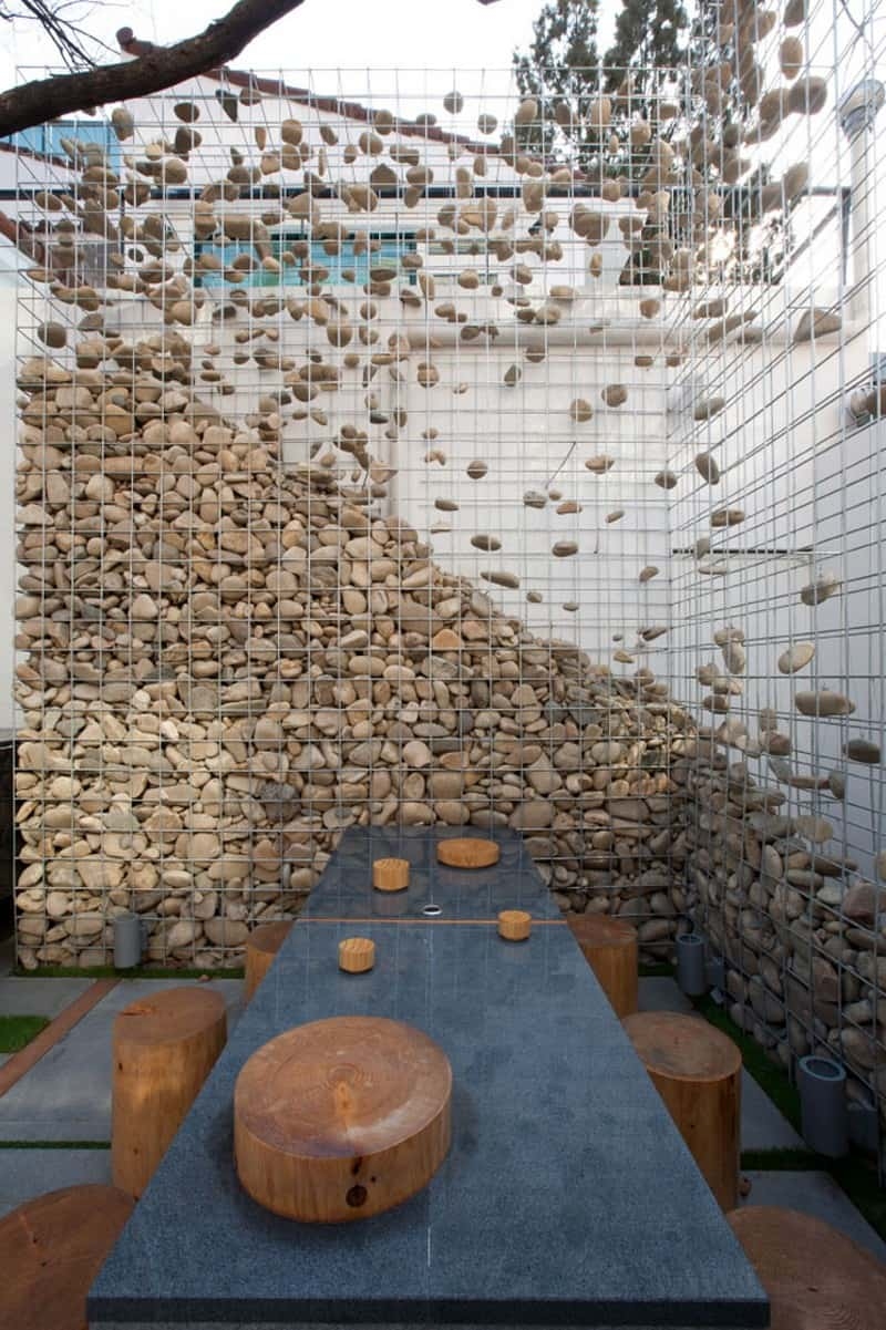 Stone Walls And Gabion Stone Fences A Stylish Alternative