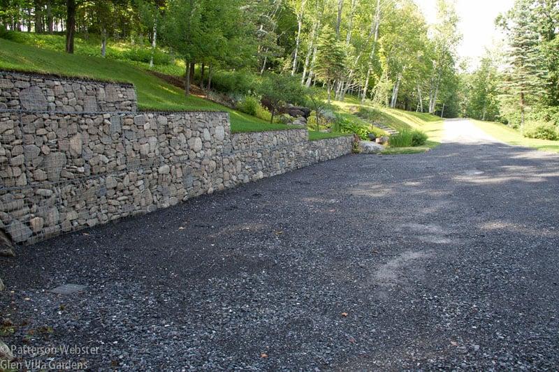 Stone Walls And Gabion Stone Fences A Stylish Alternative