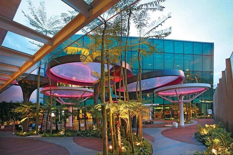 Changi Airport Swimming Pool (1)