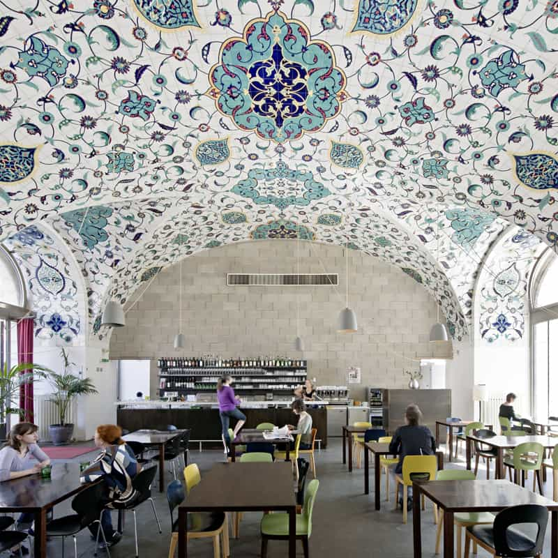 7 examples of restaurant interior designs with oriental touch for Interior design osterreich