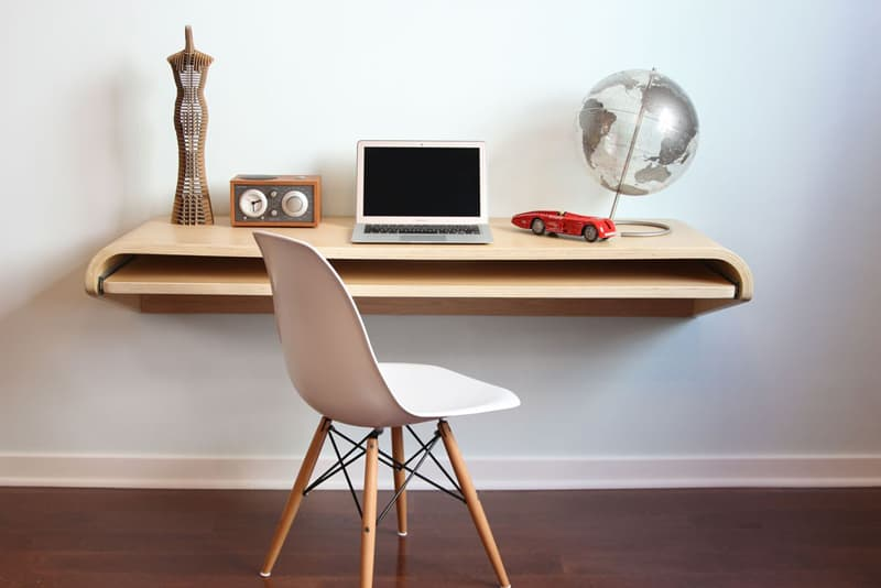 minimal-float-wall-desk-by-orange-22-designrulz (3)