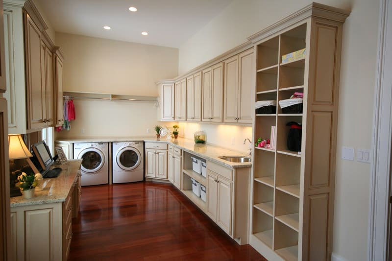 Laundry-Room-Storage-Ideas-designrulz (28)