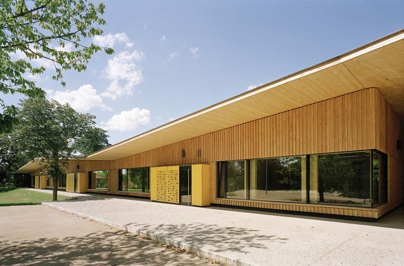 School complex in Rillieux-la-Pape-designrulz (1)