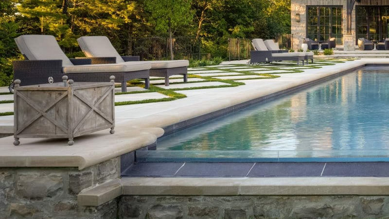 A Strong Addition to Any Yard: 20 Geometric Swimming Pool ...