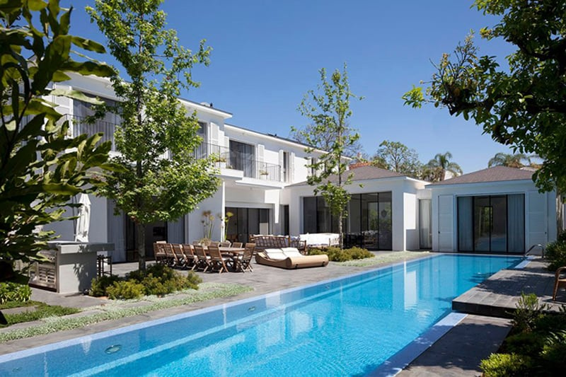 Beauty in Glass Private House in Ramat Hasharon Israel (2)