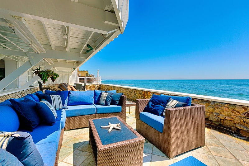 5 beautiful beach or seaside houses in california for Alarme piscine home beach