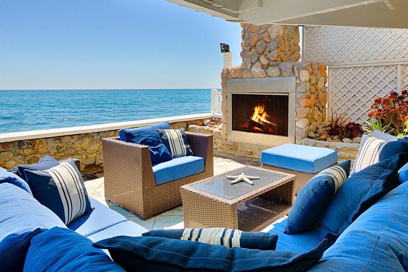 New England Beach House, Malibu-designrulz (3)