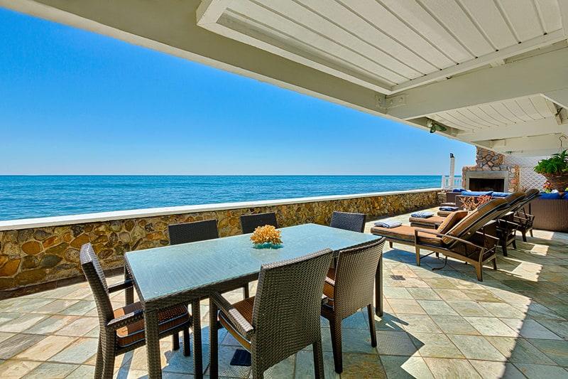 New England Beach House, Malibu-designrulz (4)