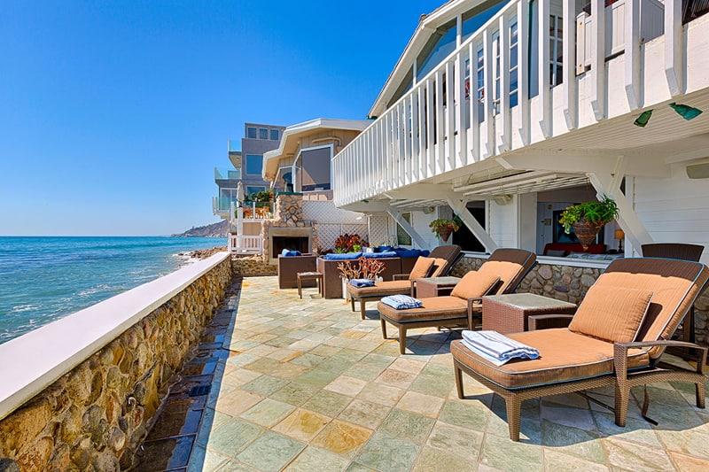New England Beach House, Malibu-designrulz (5)