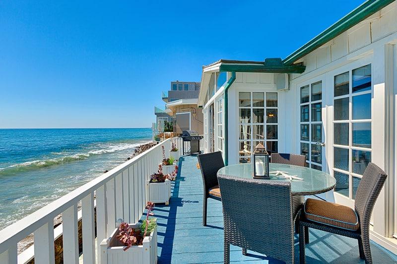 New England Beach House, Malibu-designrulz (7)