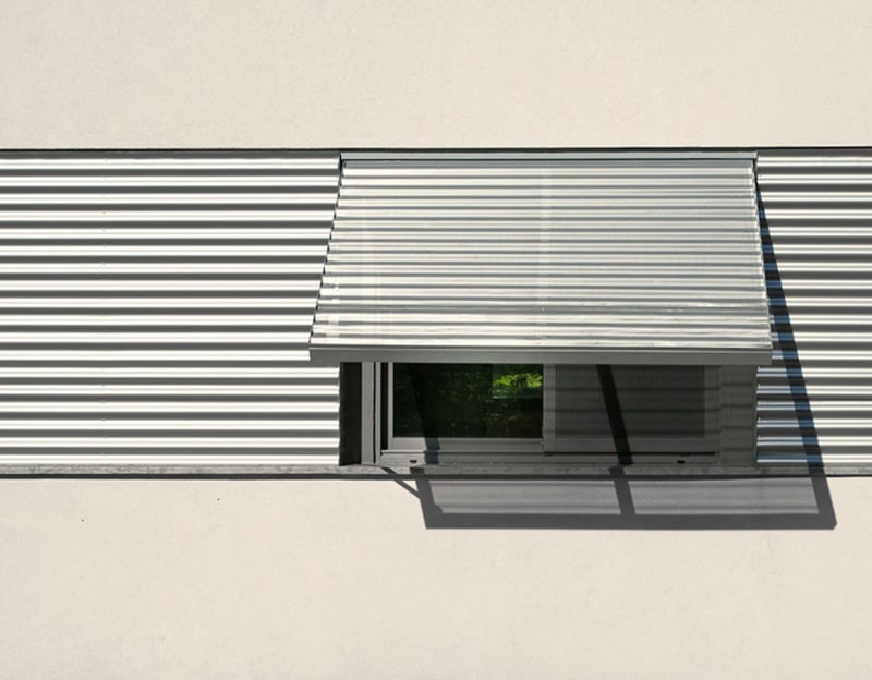Simplicity And Clarity of Form in A Modern House From Israel (1)