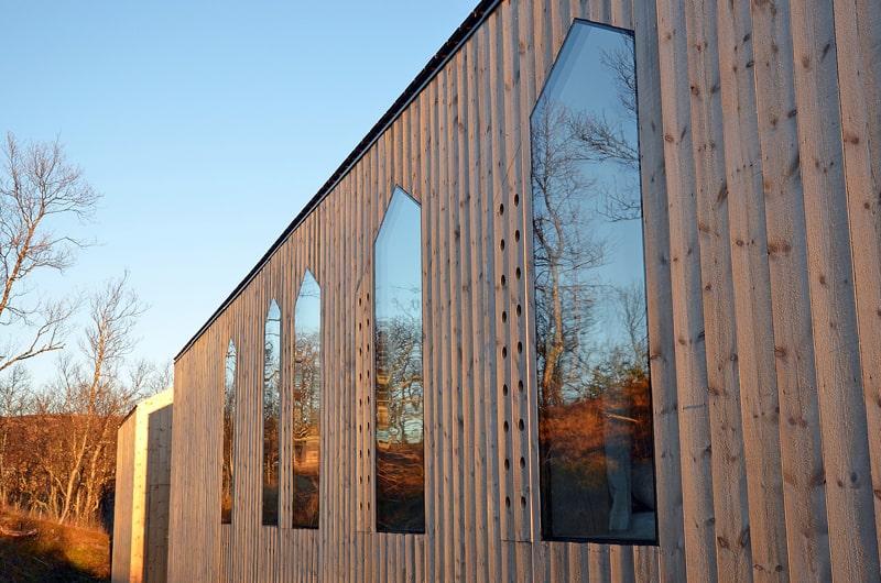 Split View Mountain Lodge-designrulz (10)