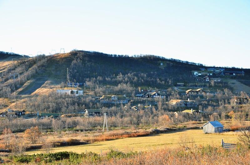 Split View Mountain Lodge-designrulz (12)