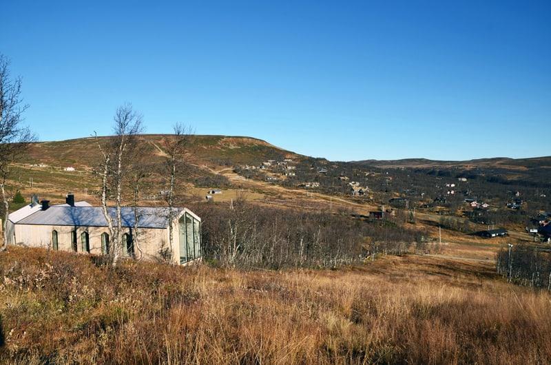 Split View Mountain Lodge-designrulz (14)