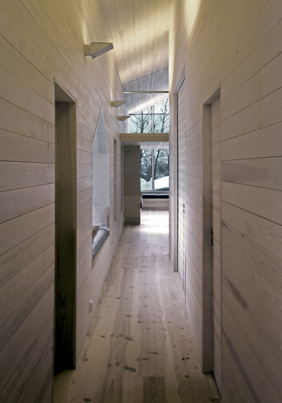 Split View Mountain Lodge-designrulz (25)