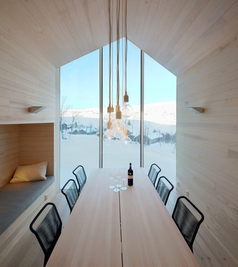 Split View Mountain Lodge-designrulz (26)