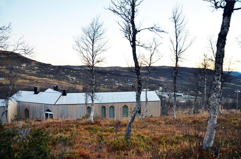 Split View Mountain Lodge-designrulz (7)