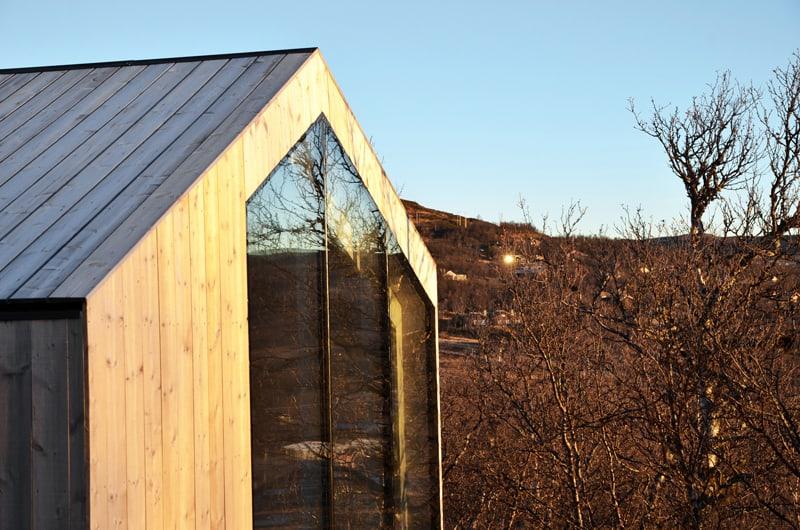 Split View Mountain Lodge-designrulz (9)