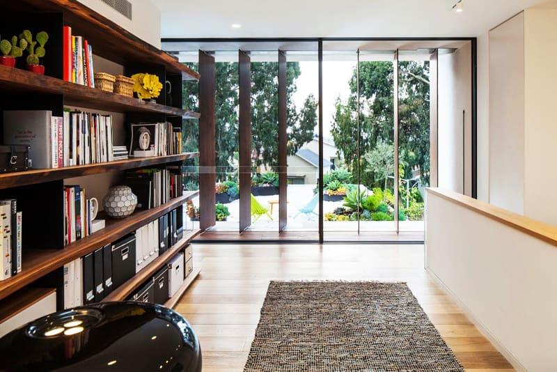 TV House A Modern Family House in Tel Aviv, Israel-designrulz (5)