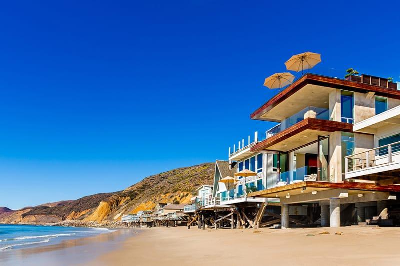 california_malibubeachfront_designrulz (2)