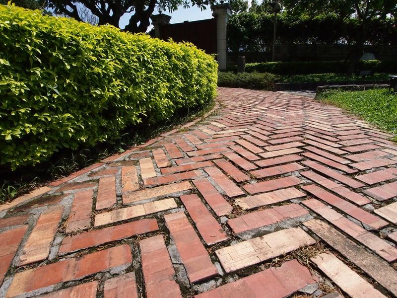 designrulz-garden-paths (2)