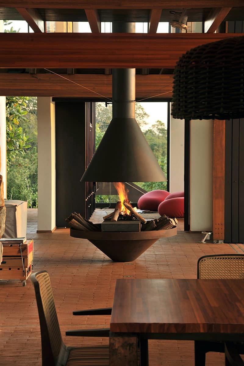 freestanding-fireplace_designrulz (2)