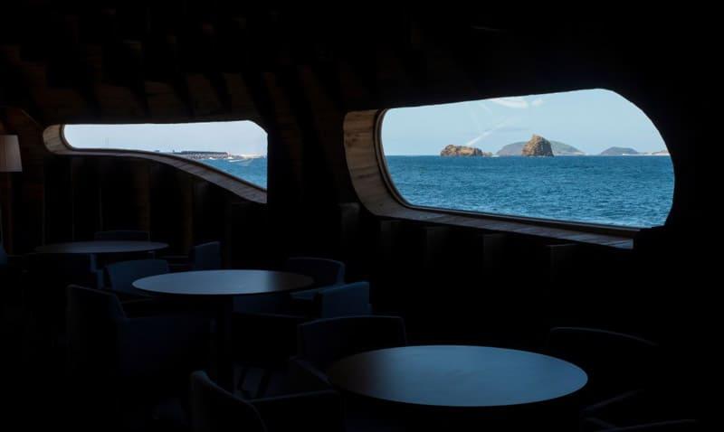 Cella-Bar-Panoramic-FCC-Arquitectura-Paulo-Lobo-Design-designrulz (12)