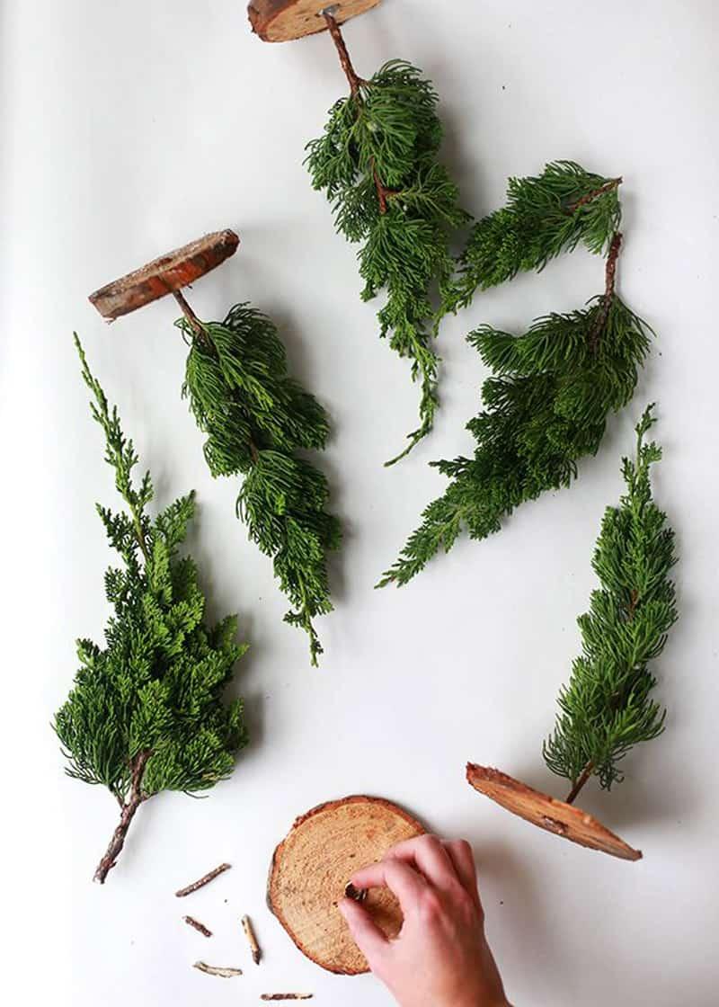 Unconventional Christmas Tree Ideas-designrulz (1)