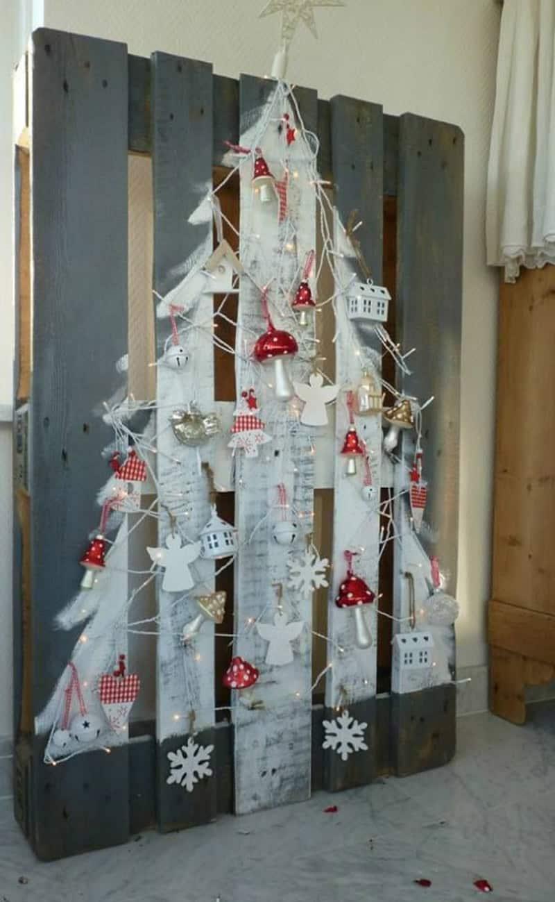 Unconventional Christmas Tree Ideas-designrulz (9)