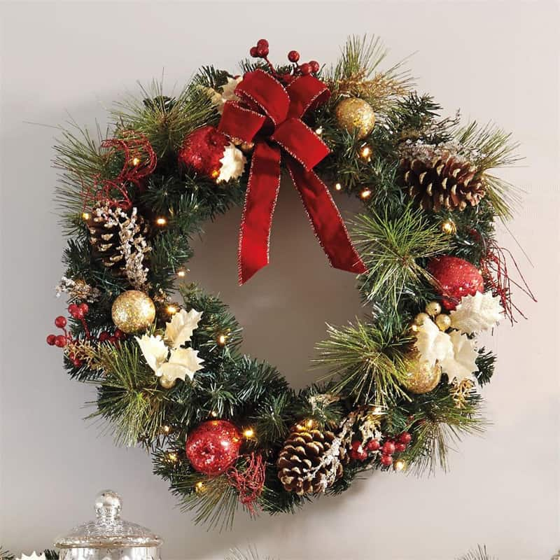 10 Front Door Christmas Wreaths You Can Buy Right Now Or Diy