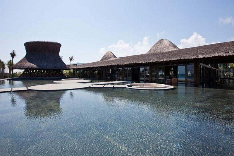 naman-retreat-beach-bar-vo-trong-ngia-architects-vietnam-designrulz (6)